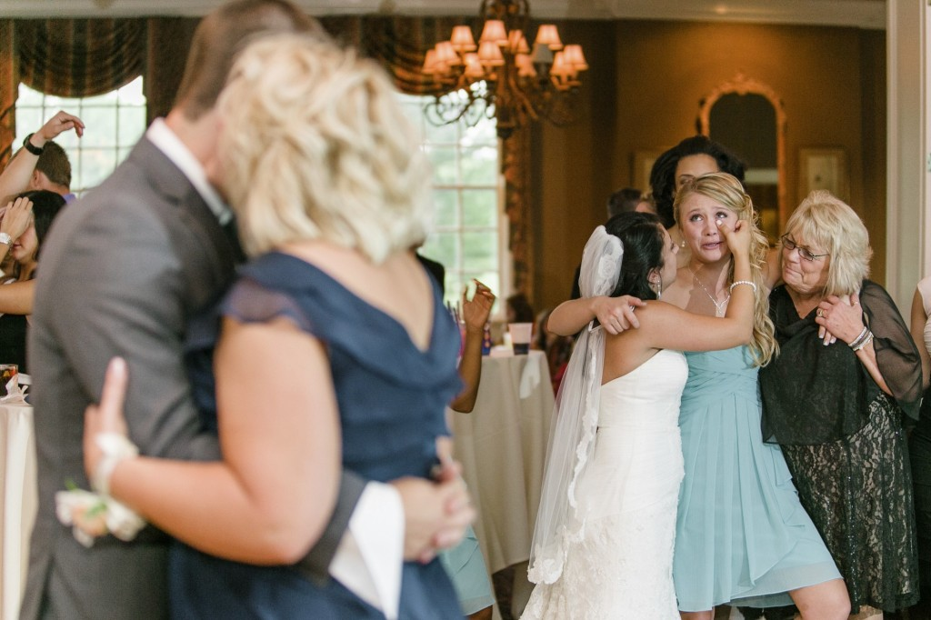 A summer wedding at the Elyria Country Club with Alyshia and Caleb.